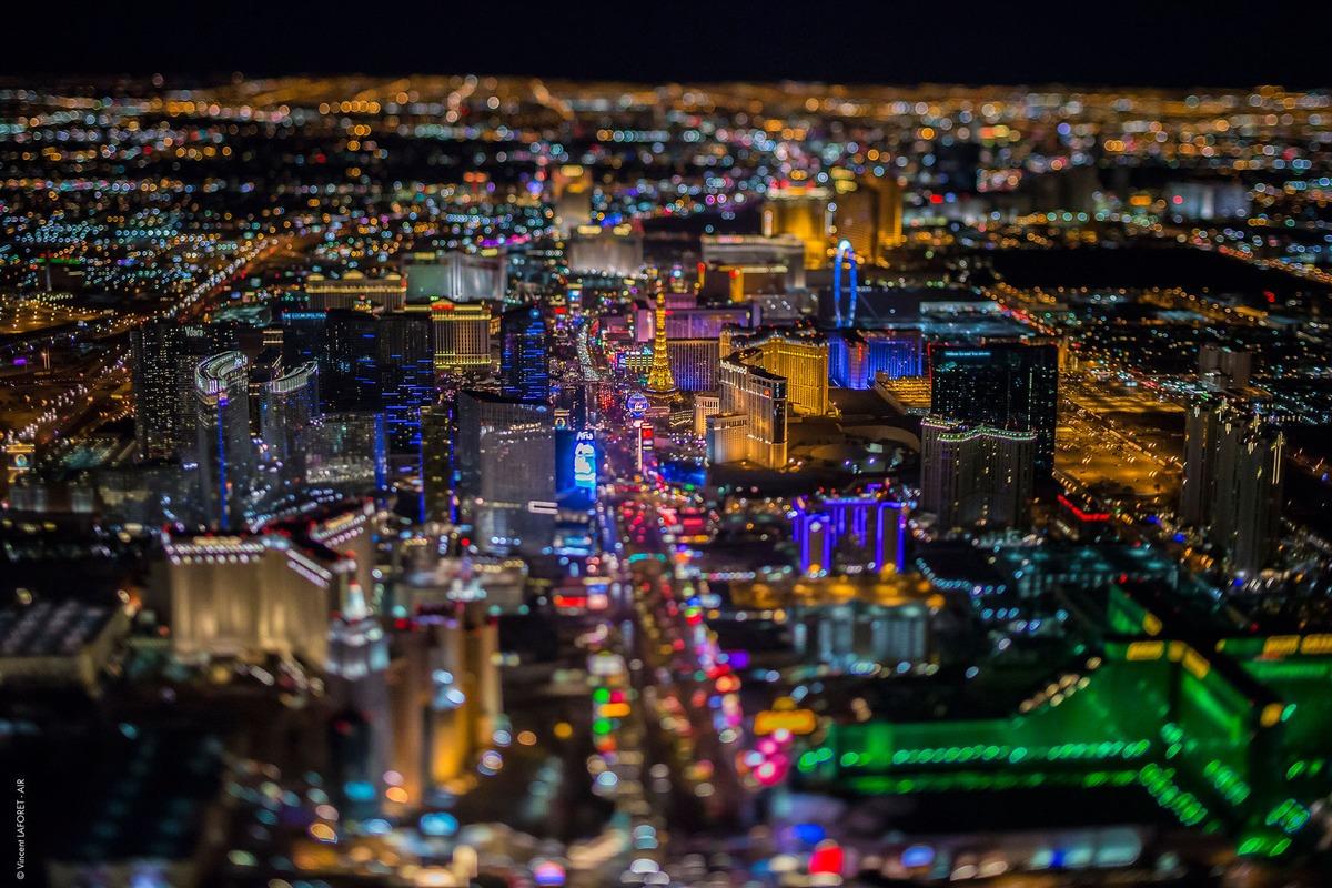 Vegas-above-5