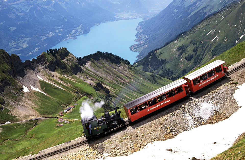 brienzer-rothorn-mountain-switzerland